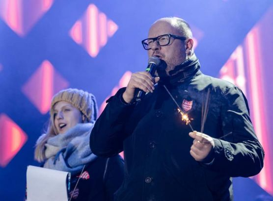 Polish Mayor dies after being stabbed on stage at charity event image